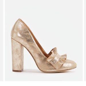 Just Fab Gold Ruffle Heel Pumps Size 6.5